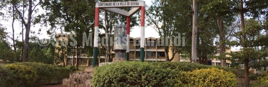 monument centenaire Gitega Burundi