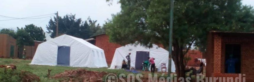 Cibitoke des tentes de la Croix rouge