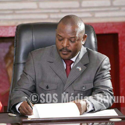Pierre Nkurunziza annonce plusieurs changements et s'en prend aux «colons»
