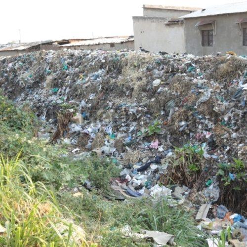 Ngagara : des immondices et des déchets entassés partout inquiètent des habitants