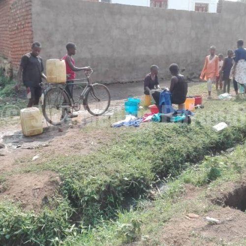 Makamba (Sud du pays) : Manque criant d'eau potable au quartier Kigwati 1, les habitants obligés de s'approvisionner dans des marais