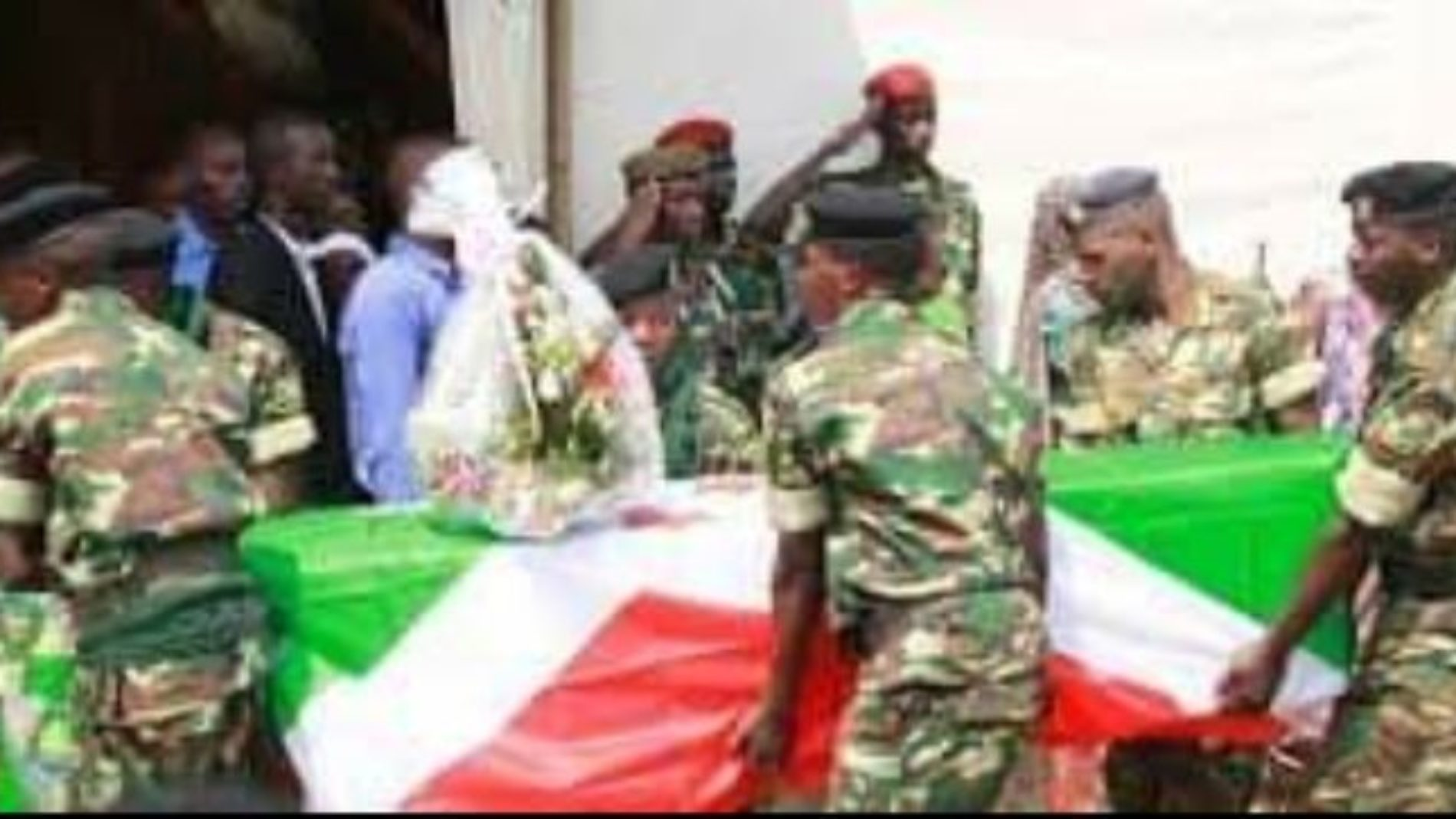 Enterrement à Mpanda de 6 militaires tués durant l'attaque de Mabayi