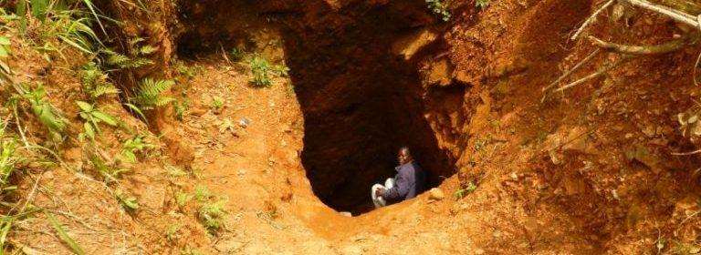 Le ministère de l'énergie et des mines suspend les activités des comptoirs d'Or