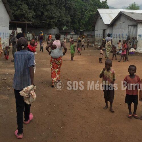 Des exilés du camp de transit de Kavimvira demandent d'être délocalisés