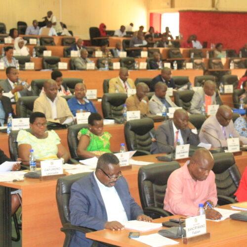 Burundi: le parlement a approuvé le premier ministre et le vice-président