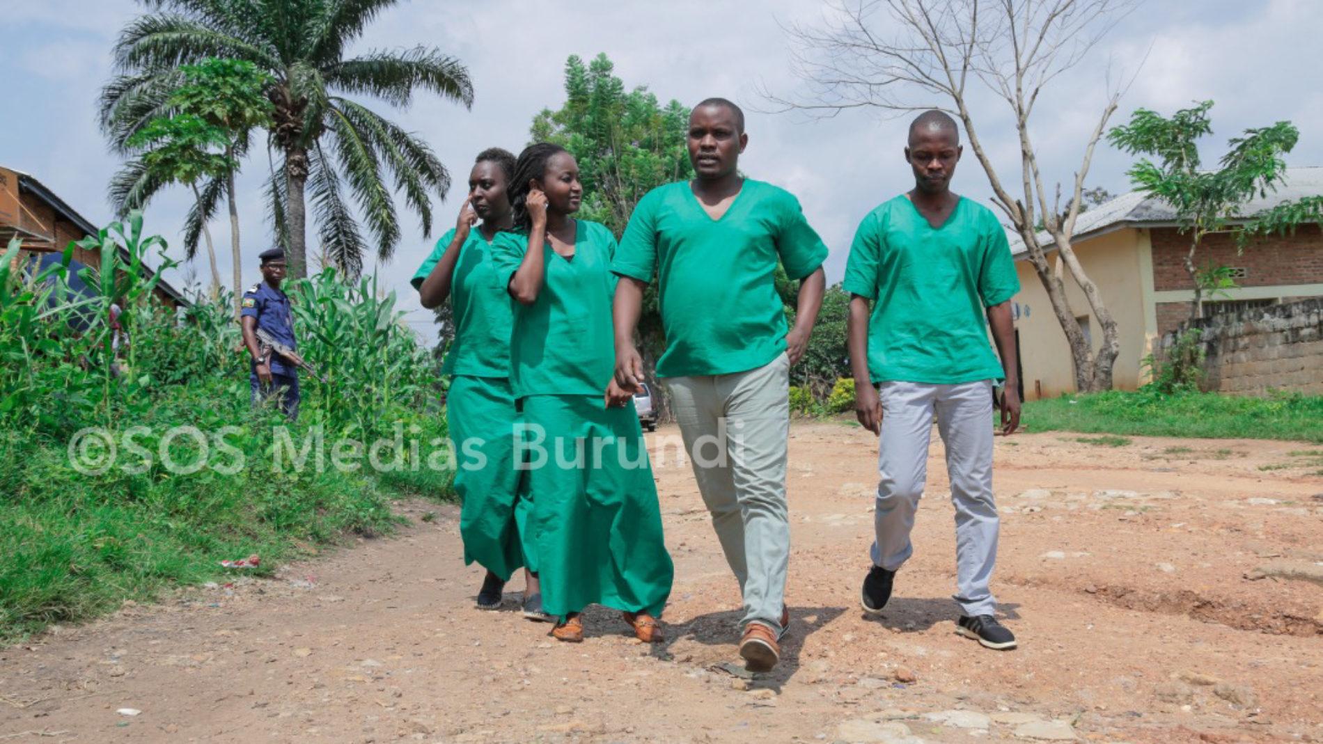 Presse : les reporters d'Iwacu viennent de passer une année en prison