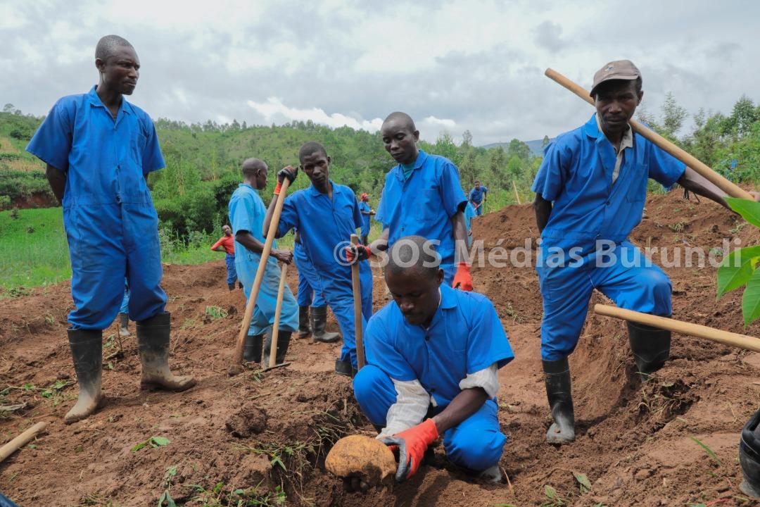 Burundi, CVR, SOS, Médias
