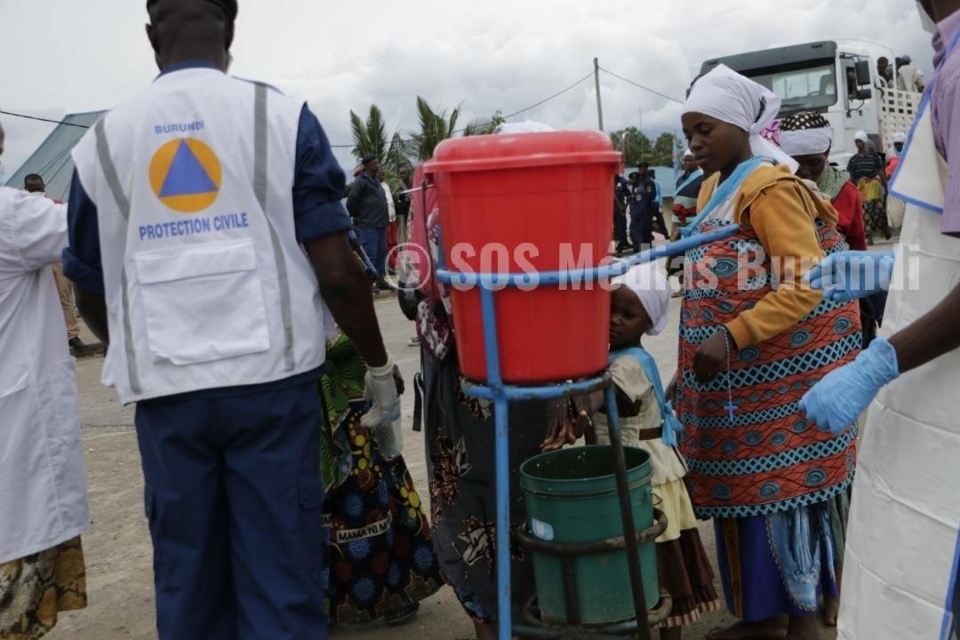 COVID-19, Bujumbura, Burundi, on se lave les mains