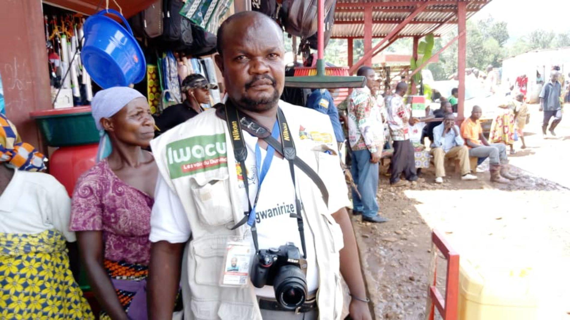 Rugombo : un policier violente un journaliste