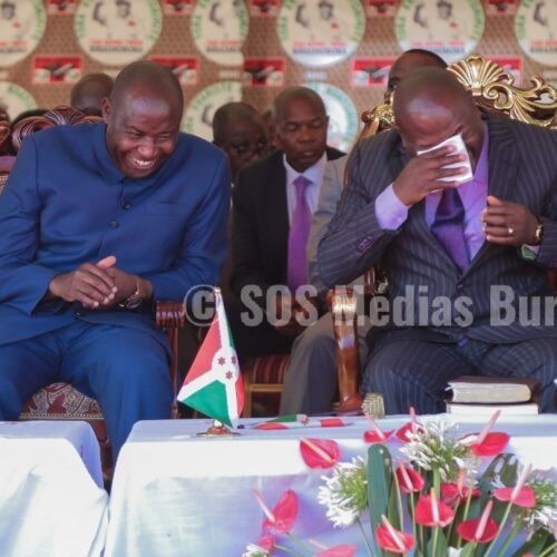 Photo de la semaine: Ndayishimiye et Nkurunziza comme deux larrons en foire