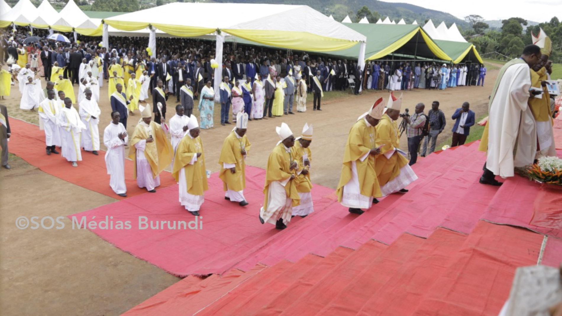 Burundi : les évêques catholiques annoncent une hausse du salaire des catéchistes