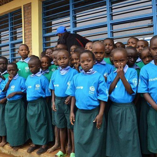 Mahama (Rwanda) : les élèves peinent à suivre les cours en ligne