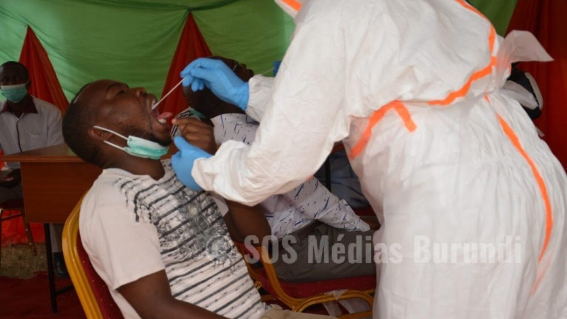 Photo de la semaine : le Burundi lance une campagne de dépistage de masse pour le Covid-19