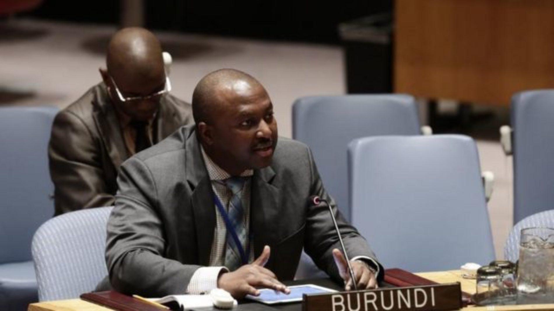 Le ministre des affaires étrangères menace de fermer les ONGs qui violent leur cadre légal