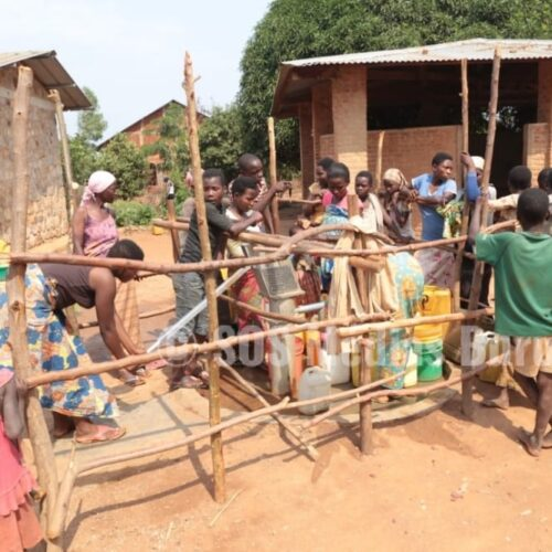 Photo de la semaine: l'eau potable, une denrée très rare à Burara en commune de Busoni