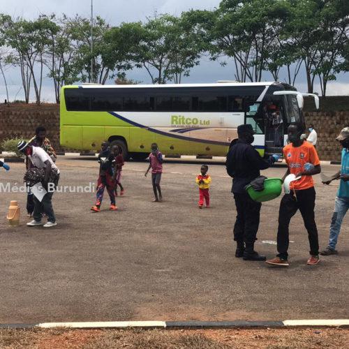 Rwanda-Burundi : premier convoi de rapatriement des réfugiés burundais urbains