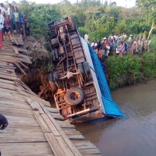 Makamba : 16 morts dans un accident de camion