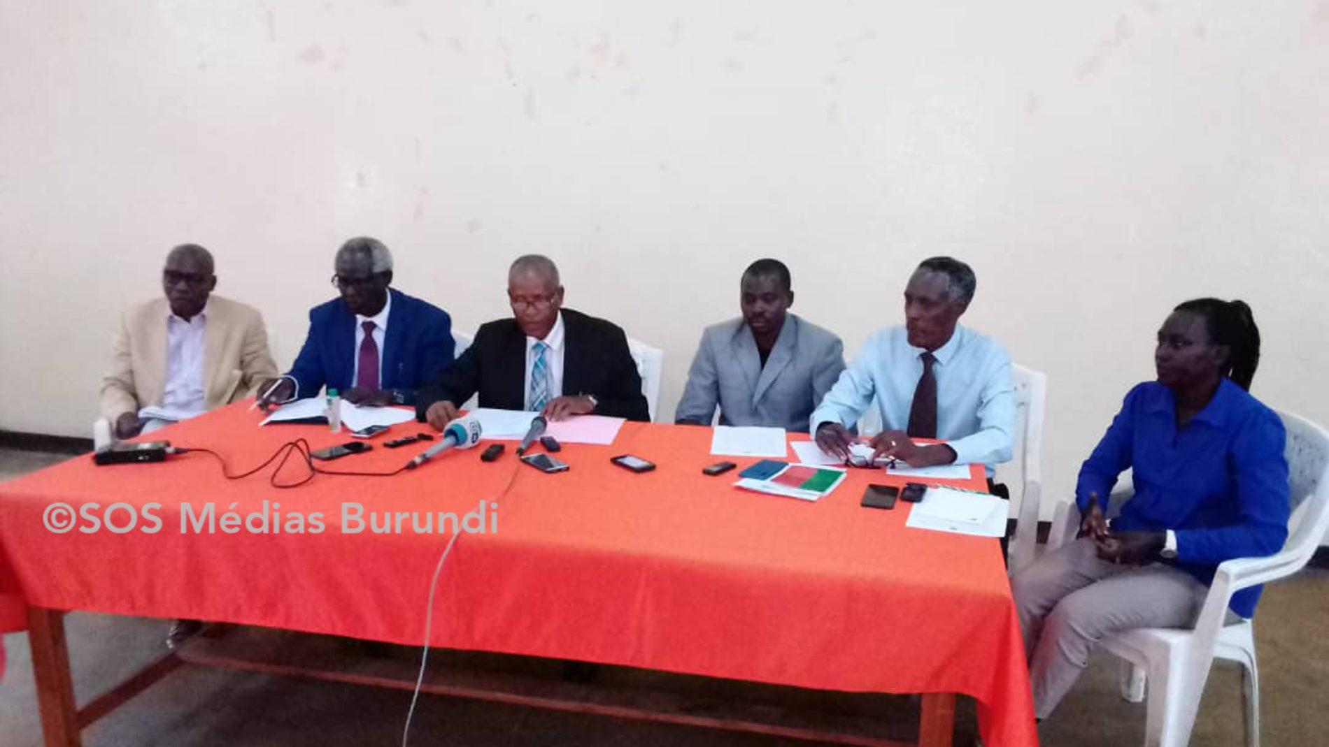 Burundi: les syndicats dénoncent un recensement des fonctionnaires qui viole le droit à la vie privée