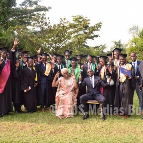 Rwanda : la Maison Shalom suspend des bourses d'études universitaires pour plus de 100 étudiants