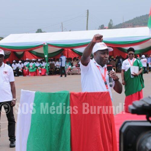 Burundi : le président Ndayishimiye appelle les Imbonerakure à être plus virulents