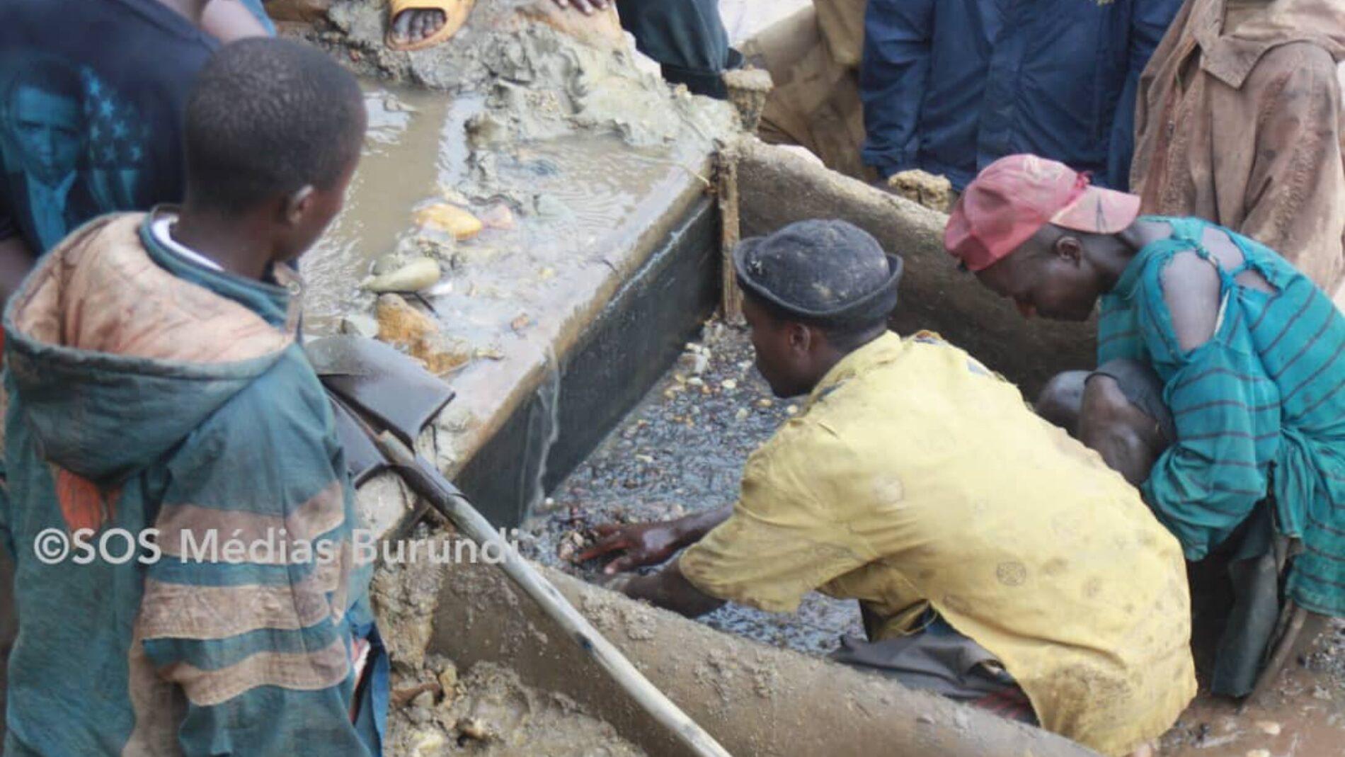 Gitobe-Bwambarangwe : la police a saisi de l'or, des orpailleurs reprochent aux autorités de vouloir monopoliser l'extraction