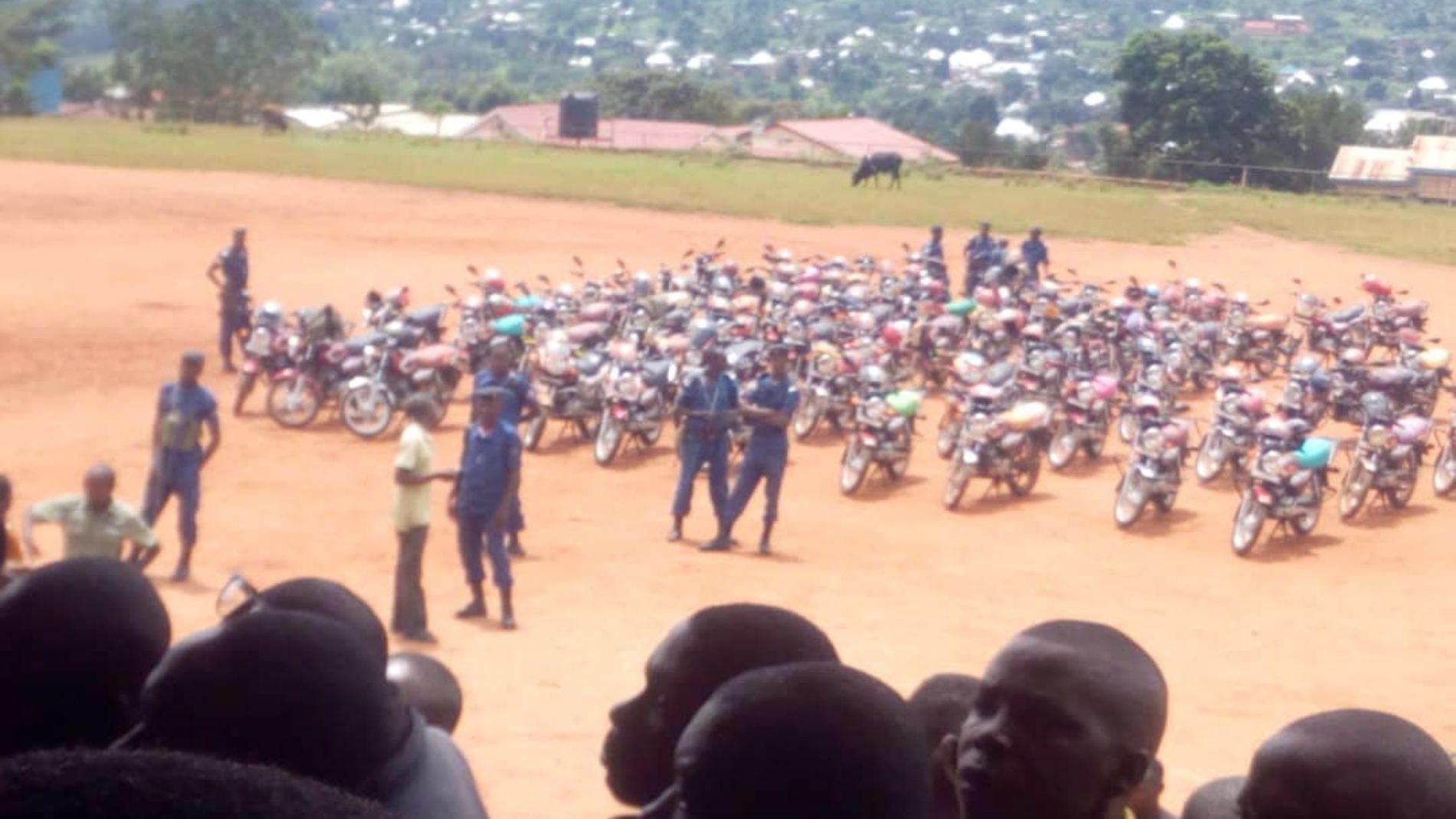 Kirundo : plus de 80% des taxis motards circulent sans documents selon la police