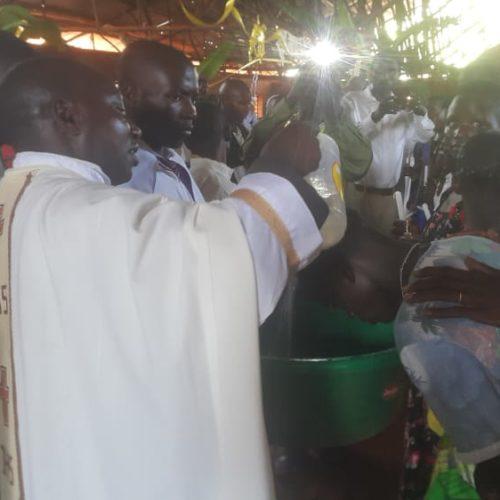 Nduta (Tanzanie) : plus de 50 couples concubins ont régularisé leur union