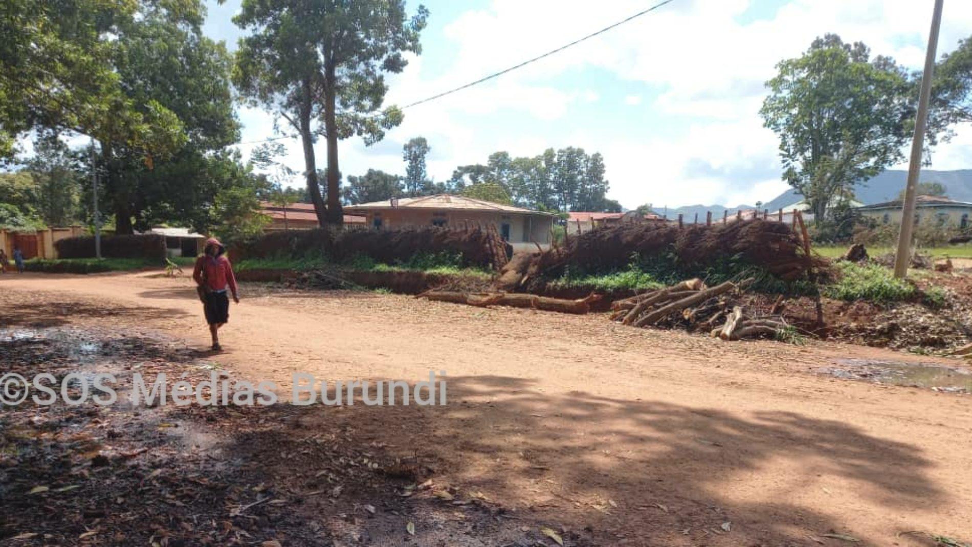 Makamba : le secrétaire général du CNDD-FDD veut récupérer un terrain occupé par l'armée