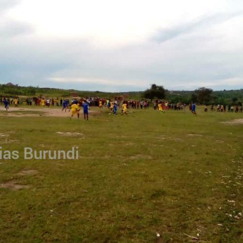 Mtendeli (Tanzanie)-Nakivale (Ouganda) : le football, moyen d'oublier la vie dure d'exil