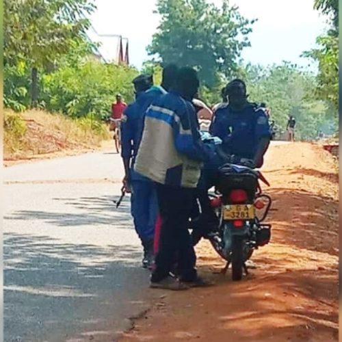 Makamba : la police rançonne les chauffeurs du transport rémunéré