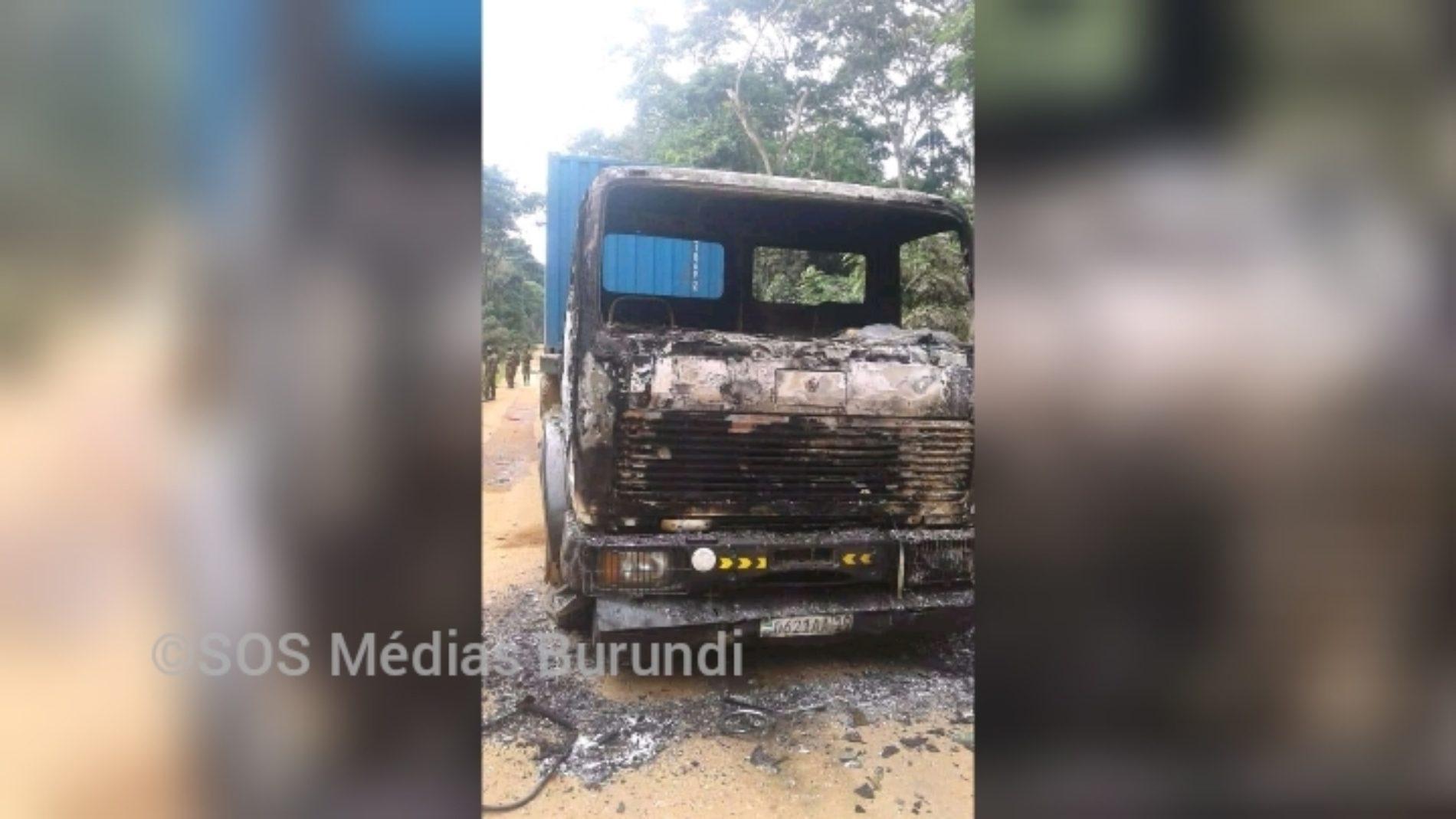 RDC-Ituri : 2 véhicules brûlés dans une nouvelle embuscade des ADF à Irumu