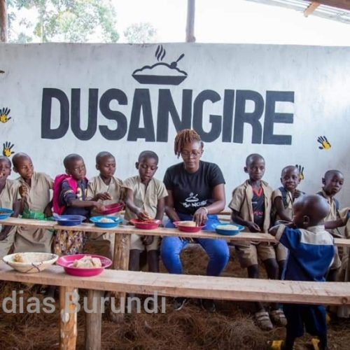 Photo de la semaine- Bukeye (Muramvya) : Dusangire, une cantine scolaire pour parier au problème des abandons scolaires