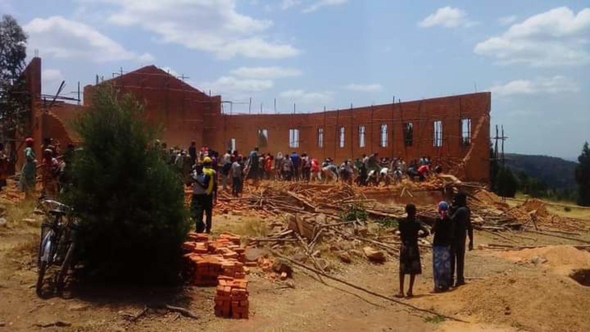 Gisagara : un écroulement d'un mur sur un chantier fait plusieurs morts et blessés